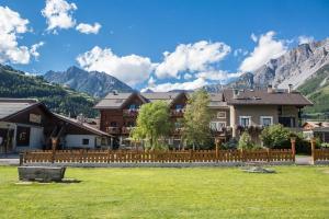 Casa Gioele affittacamere giallo - AbcAlberghi.com