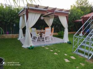 Maisonette with wonderful garden