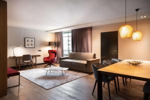 Radisson Blu Royal Hotel, Brussels (7 of 72)