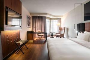 Radisson Blu Royal Hotel, Brussels (9 of 72)