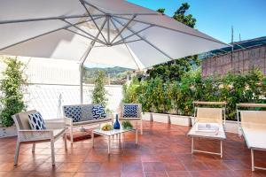 Gazebo Terrace Apartment - AbcAlberghi.com