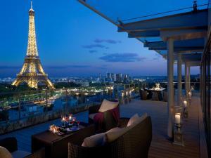 Location gîte, chambres d'hotes Shangri-La Paris dans le département Paris 75