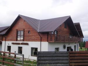 Hostels und Jugendherbergen - Pensiunea Meridian