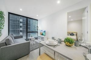 A Cozy Apartment Next to Crown Casino