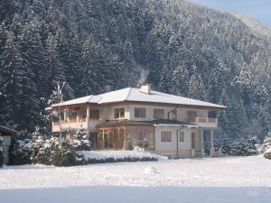 Landhaus Chalet Rosenrot