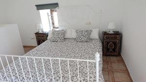 House with one bedroom in La Oliva with wonderful mountain view and WiFi 12 km from the beach