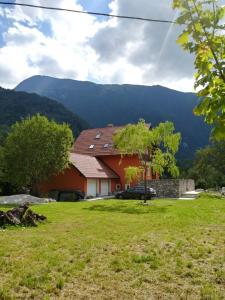 Počitniška hiša Nad Sočo