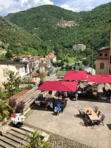 DormiRE, in the heart of the medieval Pigna - AbcAlberghi.com
