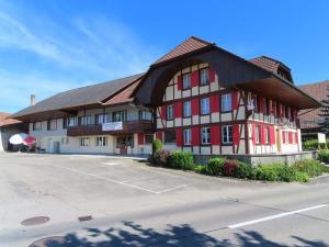 Gasthof Schwanen, Мини-гостиницы - Radelfingen