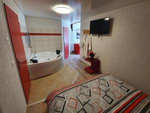 Gasthof Schwanen, Мини-гостиницы  Radelfingen - big - 29