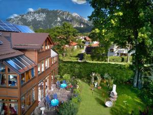 Haus bei der Linden Ferienwohnungen - Apartment - Schwangau / Tegelberg