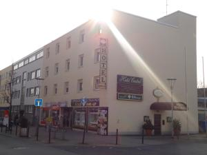 Hotel Central - Bommersheim