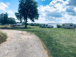 LOK MARINA Camping Pole namiotowe