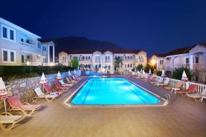 Larimar Suite Hotel