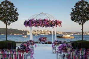 Four Seasons Hotel Istanbul at the Bosphorous (22 of 33)
