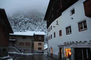 Chata Tgesa Ferrera Schmitten Švýcarsko