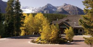 Lake Louise Inn - Hotel - Lake Louise