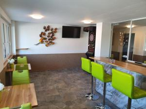 Gasthof Schwanen, Мини-гостиницы  Radelfingen - big - 15