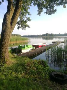 Dom wypoczynkowy nad jeziorem