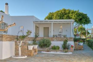 Sunrise Apartments Antiparos Greece