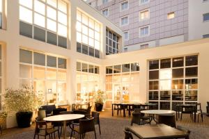 Novotel Lille Centre Grand Place, Отели  Лилль - big - 79