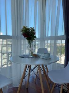Słoneczny Apartament na 17 piętrze z widokiem na morze