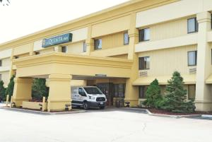 La Quinta Inn by Wyndham Milwaukee Airport / Oak Creek