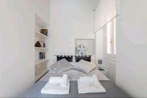 spanish modern apartament - abcRoma.com