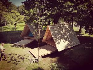 Kamp na Otoku