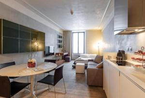 Milan Royal Suites - Centro Duomo