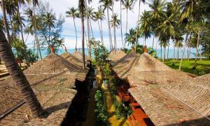 Lipa Bay Resort - Ban Laem Din