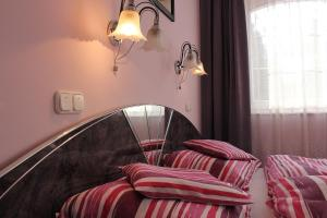 Beáta Apartman, Апартаменты  Дьюла - big - 32