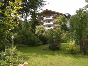 Landhotel Eva - Hotel - Kirchberg in Tirol