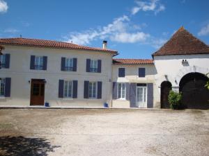 Suite indépendante à la campagne - Hotel - Saint-Aigulin