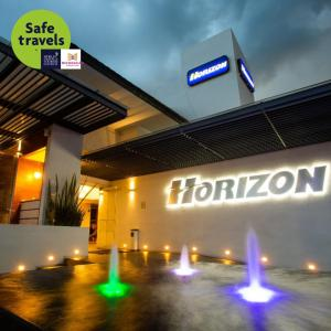 Hotel Horizon & Convention Center