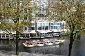 Amstel River View @ Amsterdam Centre