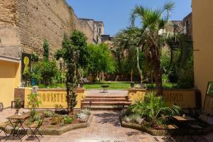 HOPESTEL Secret Garden Napoli