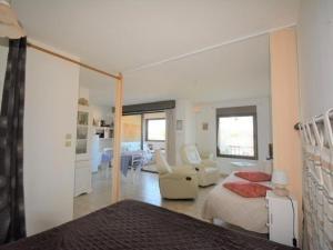 . Appartement Ruoms, 1 pièce, 3 personnes - FR-1-382-130