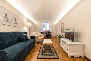 Historic center! Charming traditional Florentine building - AC,WiFi - Walk everywhere