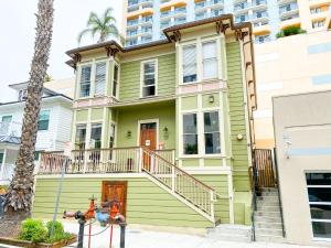 International Travelers House Hostel Downtown San Diego