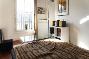 Bright apartment near the Marais