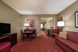Embassy Suites Loveland Hotel, Spa&Conference Center - Loveland Ski Area