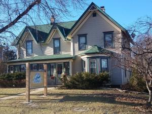 Dragonfly Bed and Breakfast - Accommodation - Antioch