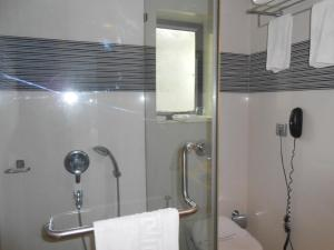 Southern Plaza, Hotels  Kalkutta - big - 54