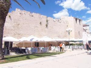 Tragos Lemon Tree, Ferienwohnungen  Trogir - big - 6