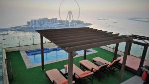 Jbr penthouse with terrace pool - Dubai