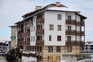 Pirin Heights Aparthotel - Hotel - Bansko