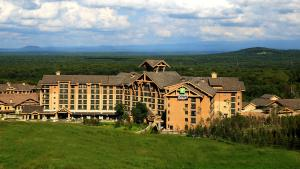 Holiday Inn Resort Changbaishan, an IHG hotel