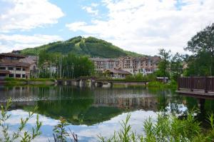 Holiday Inn Changbaishan Suites, an IHG Hotel