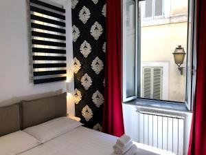 Pantheon Palazzo Lanzi - abcRoma.com